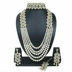 Kundan Jewellery Set, Kundan Set, Fancy Jewellery, Latest Jewellery, Women's Jewelry Sets, Women Jewelry, Unique Jewelry, Ladies Jewelry, Pearl Jewelry