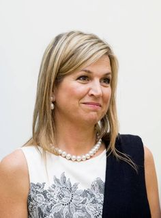Queen Maxima of The Netherlands visits vice prime minister Vuong Dinh Hue on June 01 2017 in Hanoi Vietnam Queen Maxima is in Vietnam for an three...