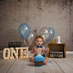 Baby Boy 1st Birthday Party, 1st Birthday Photoshoot, 1st Birthday Cake Smash, Birthday Themes For Boys, Cute Baby Boy Images, Cute Kids Pics, Baby Boy Photography, Birthday Photography, Boy Birthday Pictures