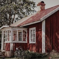 Dom, Shed, Outdoor Structures, Cabin, House Styles, Plants, Home Decor, Pictures, Decoration Home