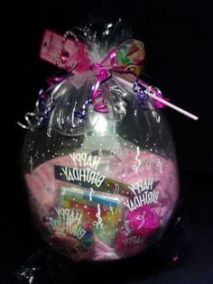 Baby shower gift Ideas for baby girls Balloon Gift, Balloon Ideas, Baby Dyi, Candy Party Favors, Balloon Columns, Stuffed Balloons, Last Minute Gifts, Relleno, Baby Shower Gifts