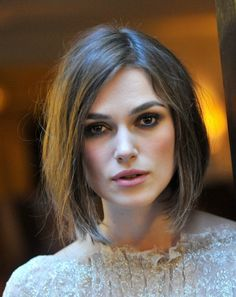 Bob hairstyles 2013 are favorite hairstyles in 2013 for girls. Bob hairstyles 2013 are best with all Long bob hairstyles 2013 and short bob haircuts Inverted Bob Hairstyles, Short Bob Haircuts, Cool Hairstyles, Hairstyles Pictures, Hairstyle Ideas, Formal Hairstyles, Party Hairstyles, 2014 Hairstyles, Latest Haircuts