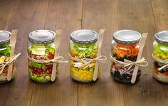 Lunch salads in a Mason jar