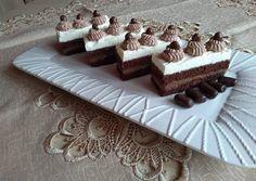 Tejszínhabos csoki szelet   Izabela Ráczová receptje - Cookpad receptek Rum, Food And Drink, Cookies, Desserts, Cake, Hampers, Crack Crackers, Tailgate Desserts, Deserts