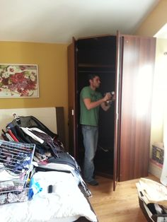 Wardrobe Move - Work-In-Progress Furniture, Home Furnishings, Arredamento