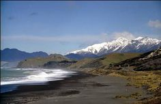 Kalkoura NZ coast + Kaikoura Ranges