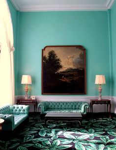 Greenbrier Hotel love contrast with drk brown/black
