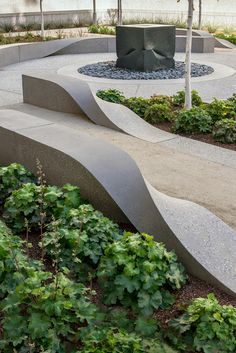 Ribbons is a landscape sculpture for the Art and Architecture Program of the General Services Administration, at 50 United Nations Plaza, San Francisco, CA. Concrete Bench, Concrete Furniture, Urban Furniture, Street Furniture, Landscape Architecture Design, Architecture Plan, Architecture Diagrams, Architecture Portfolio, Concrete Architecture