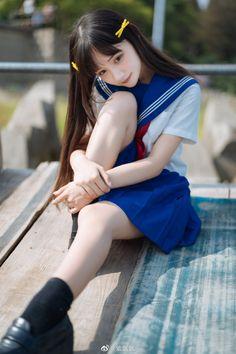 Japanese School Uniform Girl, School Girl Japan, School Girl Outfit, School Uniform Girls, Japan Girl, Cute Asian Girls, Beautiful Asian Girls, Cute Girls, World's Cutest Girl