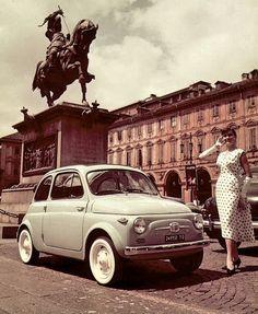 Torino, Fiat 500 in Piazza San Carlo ('60s)