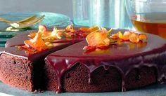 Vláčný čokoládový dort z červené řepy Thing 1, Ham, Paleo, Cheesecake, Pudding, Sweets, Food Ideas, Gummi Candy, Hams