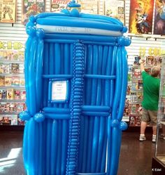 Balloon TARDIS. Someone has too much time on his hands.<<OMG I WANT DIS