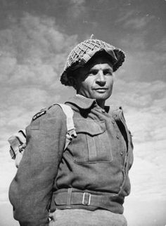 Acknowledged widely as the most outstanding soldier of the Second World War, Captain Charles Upham is also the most decorated; remaining the only combatant soldier to receive the Victoria Cross and Bar. British Army, British Soldier, Before Us, World History, Military History, World War Two, Armed Forces, Wwii, Military Uniforms
