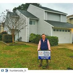Who's looking for a place in Chathum Hall in Va Beach. Tagged along with Cole on his listing. Home looks awesome and move in ready!! #Repost @huntercole_h with @repostapp  First listing Friday  #realestate #realtor #va #vabeach