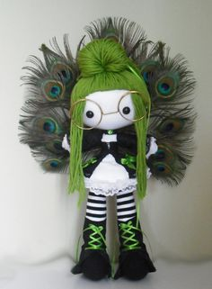 Doll wearing glasses with bright apple green long hair, black and white stripped socks, black booties and peacock feathers Inchies, Chica Punk, Gothic Dolls, Sewing Dolls, Doll Tutorial, Doll Maker, Soft Dolls, Diy Doll, Fabric Dolls