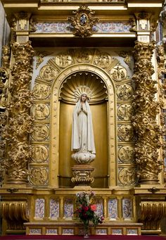 "by-grace-of-god: ""This altar to Our Lady of Fatima, with the mysteries of the Rosary around her statue is in the Dominican church of San Esteban in Salamanca. - Fr. Lawrence, OP """
