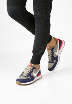 Nike Sportswear INTERNATIONALIST - Sneaker low - loyal blue/white/bamboo - Zalando.de