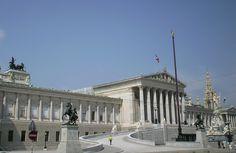 Vienna, Parlamento