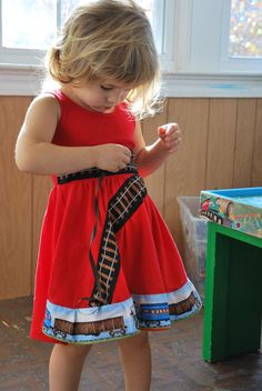 Princess Awesome: Great shop making dresses for girls with trains, dinos, science icons
