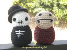 Crochet by AmigurumiesFanClub. Pattern by NeedleNoodles !!! http://www.etsy.com/es/listing/53294834/copia-firmada-de-ganchillo-lindo?ref=shop_home_active