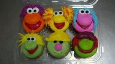 Fraggle Rock Cupcakes by ~AingelCakes on deviantART -- LOVE THEM! They're like the muppet cupcakes that I adore! Cupcakes, Cupcake Cakes, Beautiful Cakes, Amazing Cakes, Do You Know The Muffin Man, Cupcake Pictures, Easy Sweets, Fraggle Rock, Best Party Food