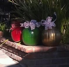 So doing this next Christmas. Take your pumpkins and turn them into Christmas ornaments!  CUTE