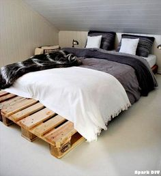 queen pallet bed - Google Search                                                                                                                                                                                 More