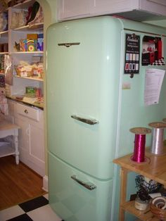 (Would be nice in white. Retro Refrigerator, Retro Fridge, French Door Refrigerator, Vintage Fridge, Vintage Kitchen, Home On The Range, My Dream Home, Dream Life, Cottage Design