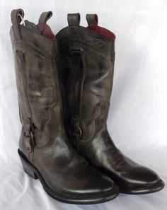 Ariat Womens Pioneer Round Toe Black Boots in Old West Leather - 8B, 8.5B, 9B