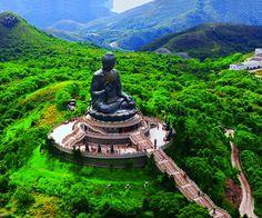 Tiantan Buddha on Lantau Island - Hong Kong