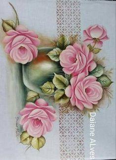 Resultado de imagem para daiane alves pintura em tecido Tole Painting, Fabric Painting, Fabric Paint Designs, Acrylic Painting Techniques, Fall Flowers, Flower Art, Pink Roses, Vintage Art, Diy And Crafts
