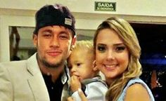 The girl standing next to Neymar, is Carolina Dantas...she's Davi Lucca's mother...