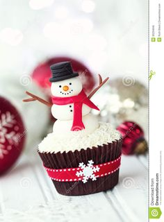Snowman Cupcake - Download From Over 37 Million High Quality Stock Photos, Images, Vectors. Sign up for FREE today. Image: 35234846