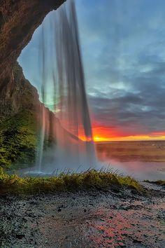 Inside Seljalandsfoss Waterfall, Iceland, photo by Fabio Serra Beautiful Waterfalls, Beautiful Sunset, Beautiful Landscapes, Beautiful World, Beautiful Places, Beautiful Pictures, Famous Waterfalls, Amazing Photography, Nature Photography