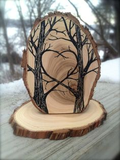 Woodland Cake Topper for your nature-inspired wedding or . - Woodland Cake Topper for your nature-inspired wedding or … – Branded – in # - Wood Burning Crafts, Wood Burning Patterns, Wood Burning Art, Wood Burning Projects, Wood Patterns, Woodworking Projects Diy, Wood Projects, Kids Woodworking, Juniper Wood