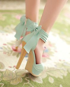 Wow! These mint bow back heels are stunning.