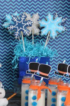 Disney's Frozen Birthday Party with So Many Cute Ideas via Kara's Party Ideas KarasPartyIdeas.com Kara Allen #DisneyFrozen #FrozenBirthdayParty