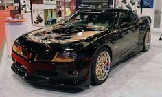 Not so long ago, a video teaser of 2014 pontiac trans am was revealed. Until now, this video is still a talk among quite a lot of automotive observers and enthusiast in all over the world. It is especially for the fans of the old version of Pontiac GTO, which is no other else but the 1969 series. http://www.futurecarsmodels.com/2014-pontiac-trans-firebird-release-date-specs/