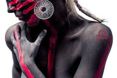 splitshire black and red bodypainting Acne Scars, Acne Blemishes, Lady, Ideias Fashion, Beauty Hacks, Fashion Tips, Fashion Trends, Fashion Ideas, Womens Fashion