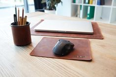 Pen Holder For Desk, Leather Desk Mat, Leather Mouse Mat, Personalized Office Desk Accessories For Men Office Accessories, Leather Accessories, Office Desk Set, Work Desk, Leather Desk Pad, Desk Protector, Gifts For Programmers, Desk Organizer Set, Leather Gifts