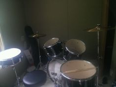 Mapex tornado drumset with double bass pedal