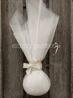 ΚΩΔ PG040 Wedding Party Favors, Wedding Themes, Wedding Dresses, Party Favours, Dream Wedding, Wedding Day, Chocolate Decorations, Marry Me, Wedding Pictures
