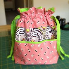 """Lined Drawstring Bag with pockets, A great beginner project, TIP: click on  read  the """"Adding Pockets Tutorial"""" 1st before pulling the purse instructions, you'll see why"""