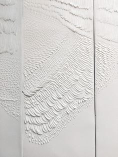 «Eggshell» Series | Milan, 2018   bas-relief carved on porcelain | 37 x 8.5 x 0.1 cm  |  detail  | by Domitilla Biondi      . . . #paperpoetry #domitillabiondi #carving #basrelief #specialgift #emergingartist #interiordesign #luxuryinteriors #sculptedporcelain #porcelaine #Collect2018 #SaatchiGallery