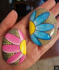 43 Unique Rock Painting Design Ideas You Will Love. - - 43 Unique Rock Painting Design Ideas You Will Love… – - Pebble Painting, Pebble Art, Stone Painting, Diy Painting, Sculpture Painting, Rock Painting Patterns, Rock Painting Ideas Easy, Rock Painting Designs, Easy Paint Designs