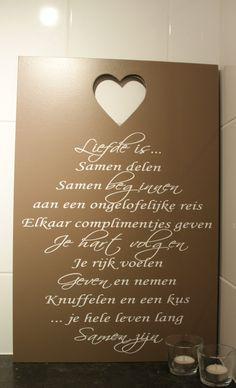 """Tekstbord """"liefde is"""" 1"""