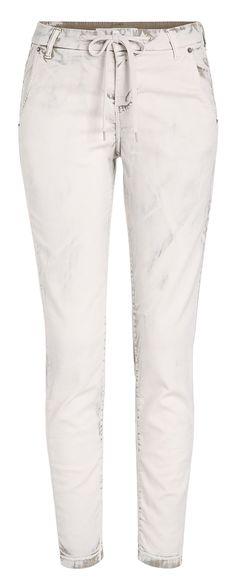 Jogging Jeans: Looks like denim, but is Sweat *** Jogging Jeans: Sieht aus wie Denim, ist aber Sweat