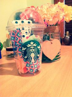 Starbucks cup as a hair accessories storage container ❤️
