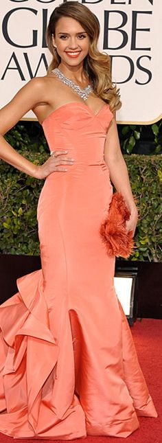 Jessica Alba in Oscar de la Renta gown and Harry Winston jewelry at the 2013 Golden Globes, January 2013