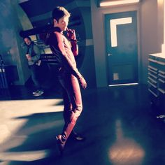 Grant Gustin - The Flash 2x01 set